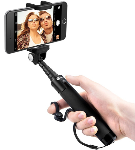 1. TaoTronics Bluetooth Selfie Stick with Built-in Remote Shutter Monopod Extendable for Android and iOS Smartphone - Aluminum
