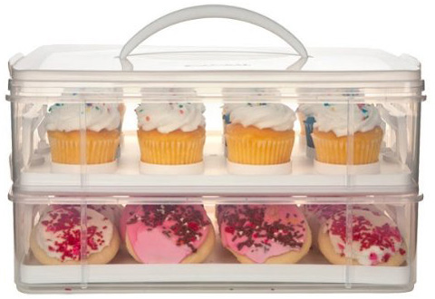 9. Snapware 2-Layer Cupcake and Cookie Carrier