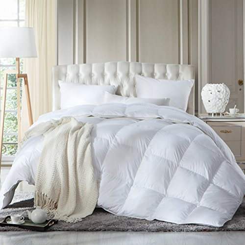 LUXURIOUS King or California King Size Siberian Goose Down Comforter