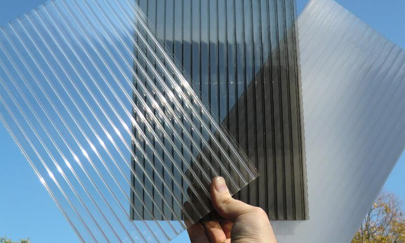 Cutting Polycarbonate Sheets